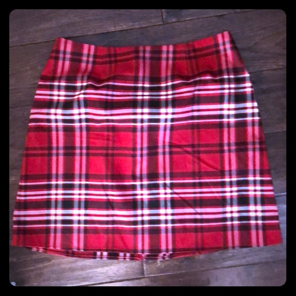 Design Lab Lord & Taylor Dresses & Skirts - Plaid red skirt